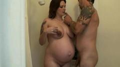 Накаченную девушку жена принимает ванну порно видео глубоким влагалищем
